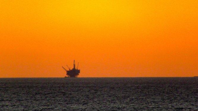 Offshore Drilling Proposals Worry Environmentalists
