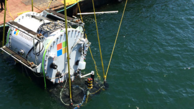 Microsoft Researching Underwater Datacenters