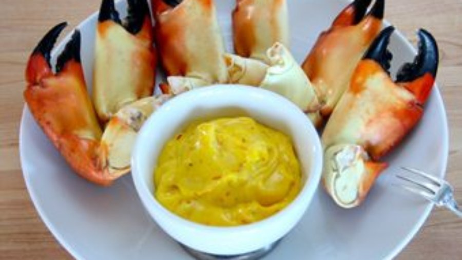 Stone Crab Claws with Saffron Aioli