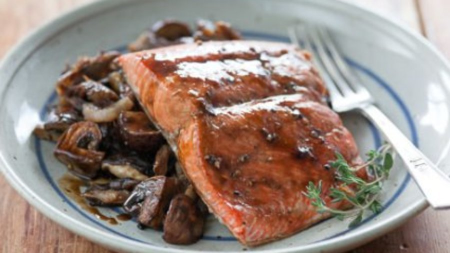 Beer glazed salmon with Roasted Mushrooms