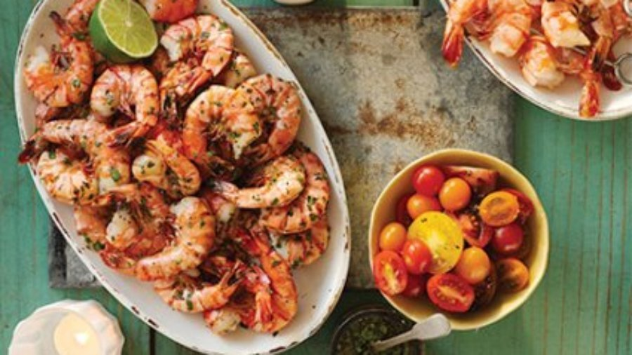 Grilled shrimp with mustard seed sauce